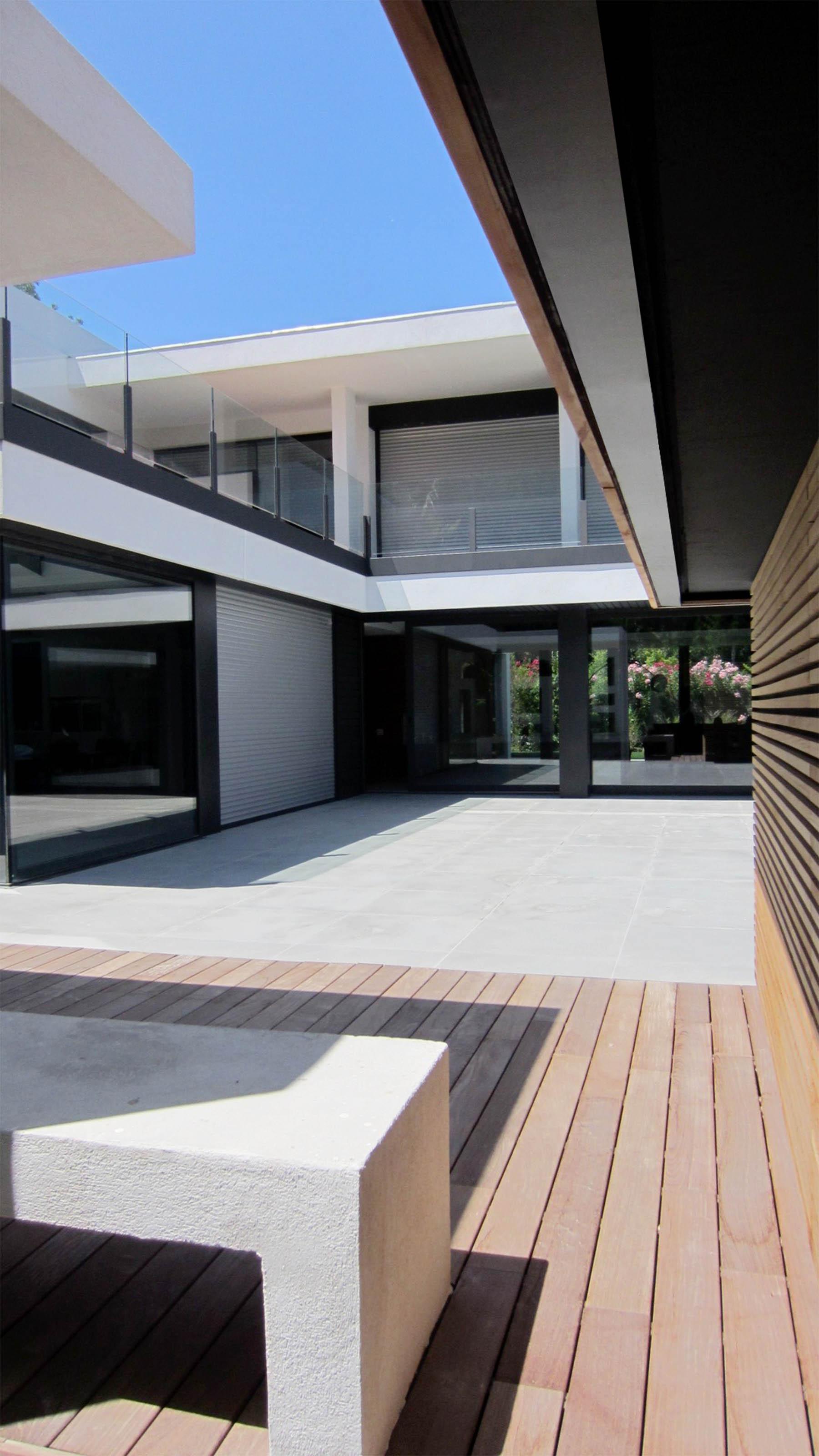 Villa-AJ-03.jpg